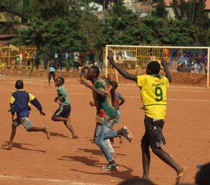 La búsqueda Europea de futbolistas está impulsando la trata de personas